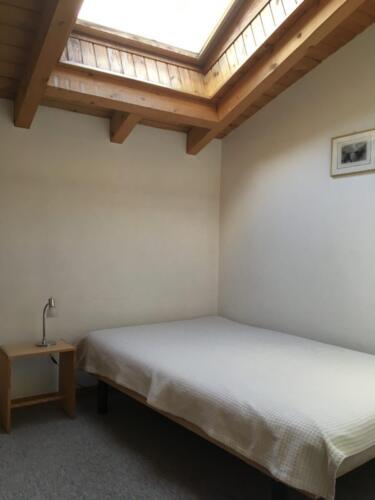 Einbettzimmer (Dachfenster)